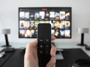 טלוויזיה עם שלט